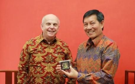 Permalink ke Manado Tuan Rumah Perayaan Hari Kemerdekaan Amerika Serikat ke-243