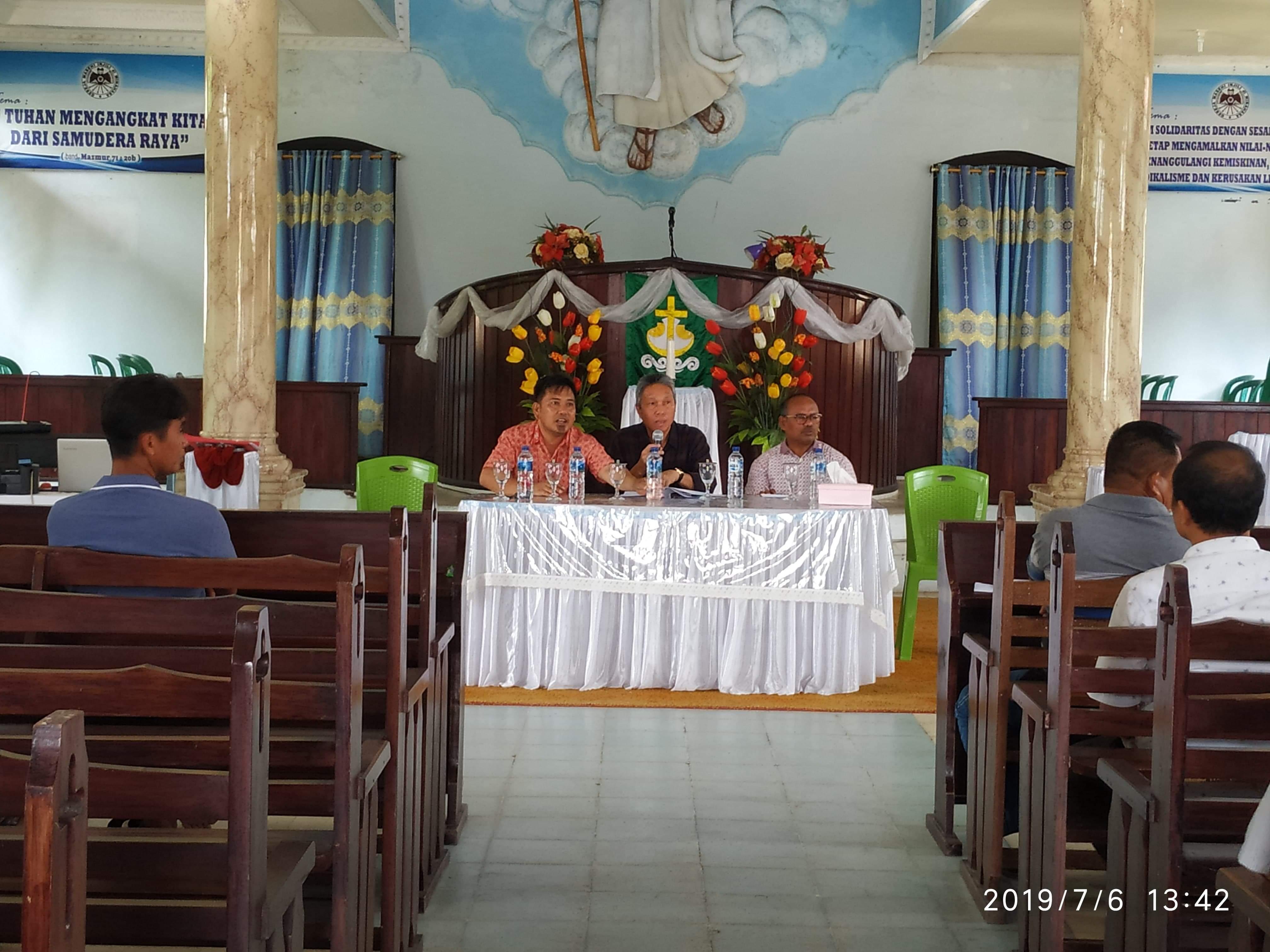 Permalink ke FDW Pimpin Rapat Perdana Panitia Pelaksana Konsultasi Tahunan P/KB GMIM
