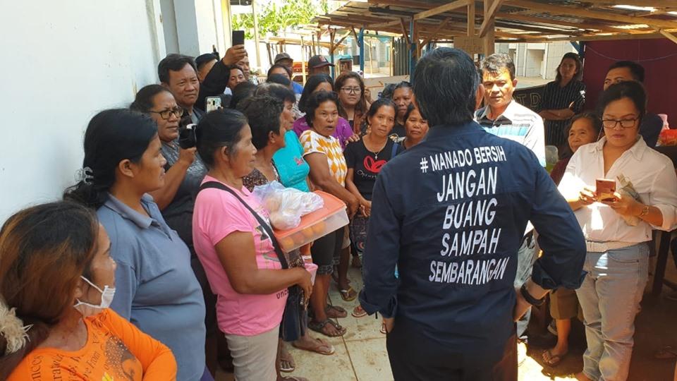 Mulai Ramai, Walikota GSVL Pantau Pasar Restorasi Kayu Bulan