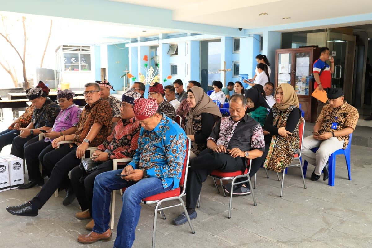 Permalink ke Kunker Pemkab Banyuwangi, Menpar Arif Yahya Sarankan ke Manado