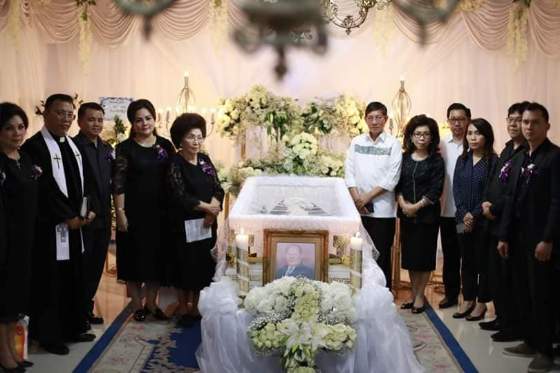 Permalink ke GSVL-MOR Melayat di rumah duka Keluarga Watung – Tuwo