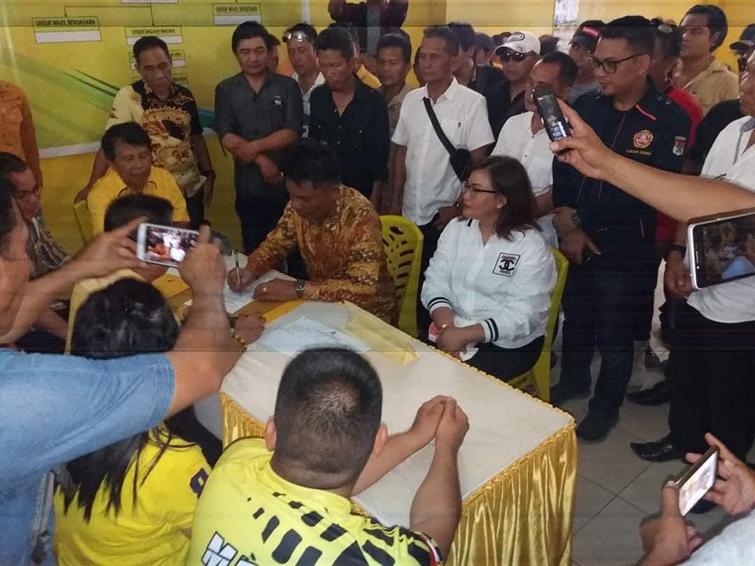 Permalink ke Ribuan Petani Kawal Ketua Karang Taruna Minsel Daftar Cawabup Lewat Partai Golkar