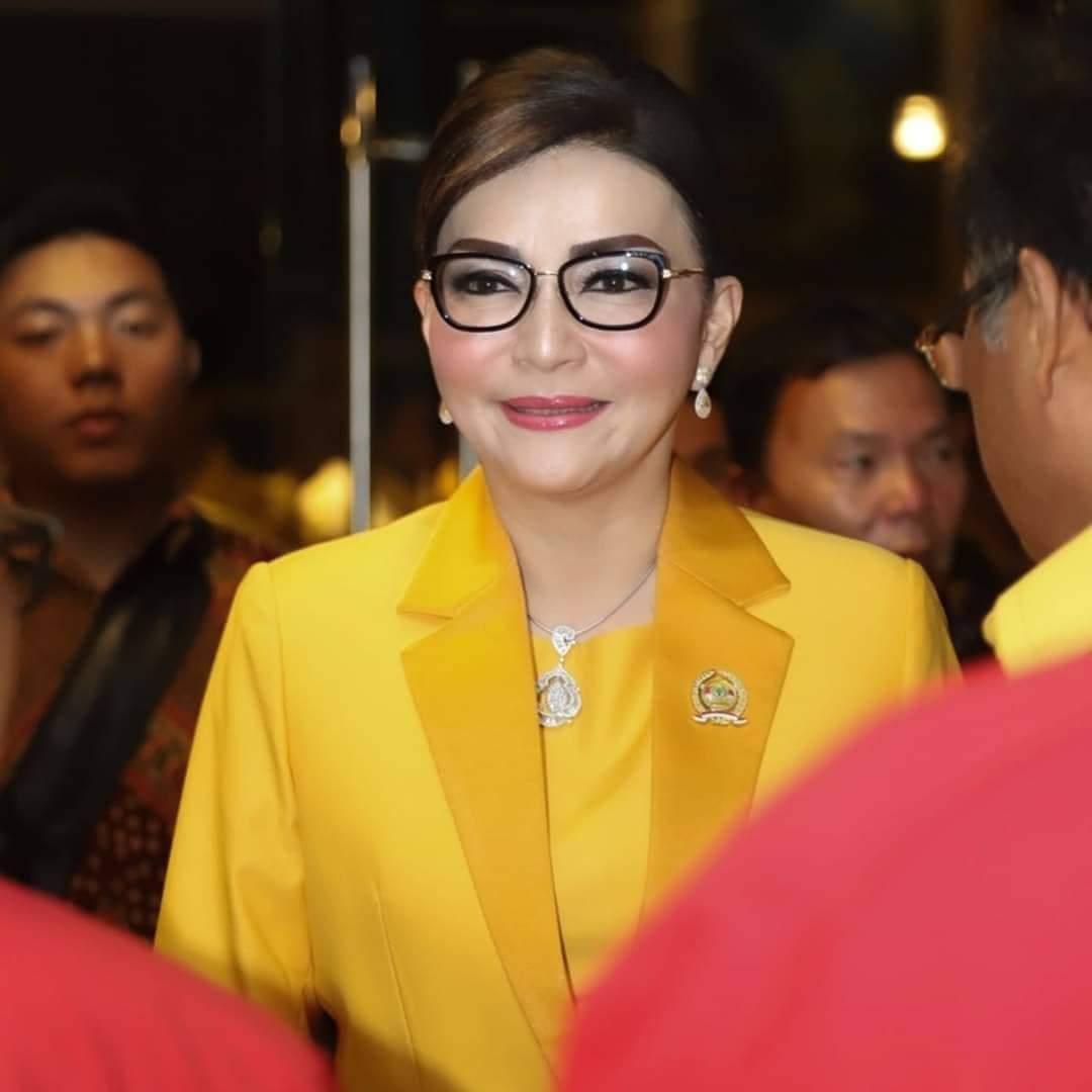 Permalink ke Maju di Pilkada Sulut, Hari Ini CEP Akan Mendaftar ke Partai Golkar