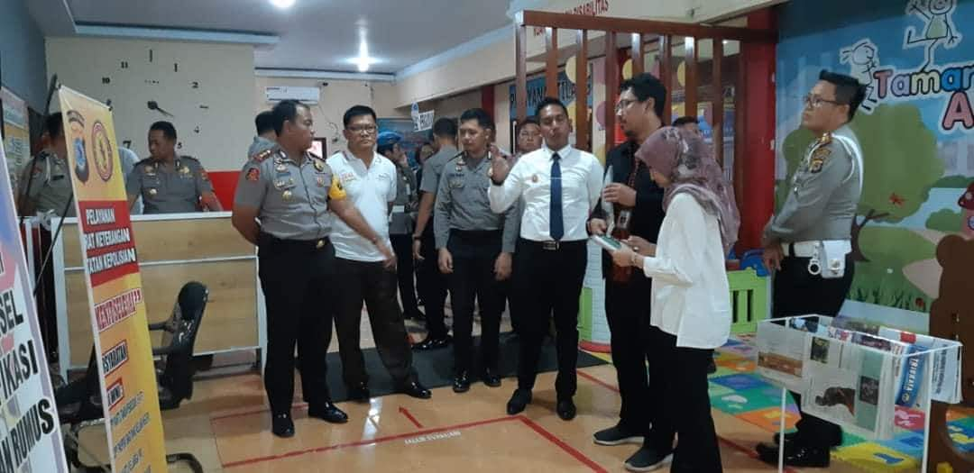 Permalink ke Tim Kemenpan-RB Evaluasi Unit Pelayanan Polres Minsel