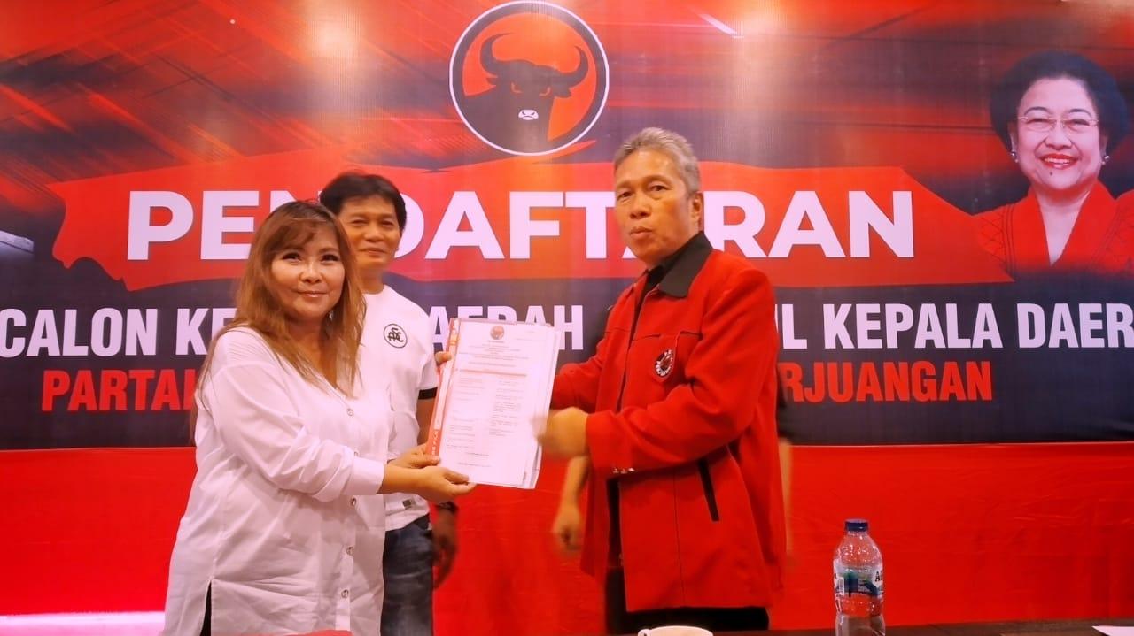 Permalink ke Serius, SSK Bakal Calon Pertama Kembalikan Formulir Pendaftaran