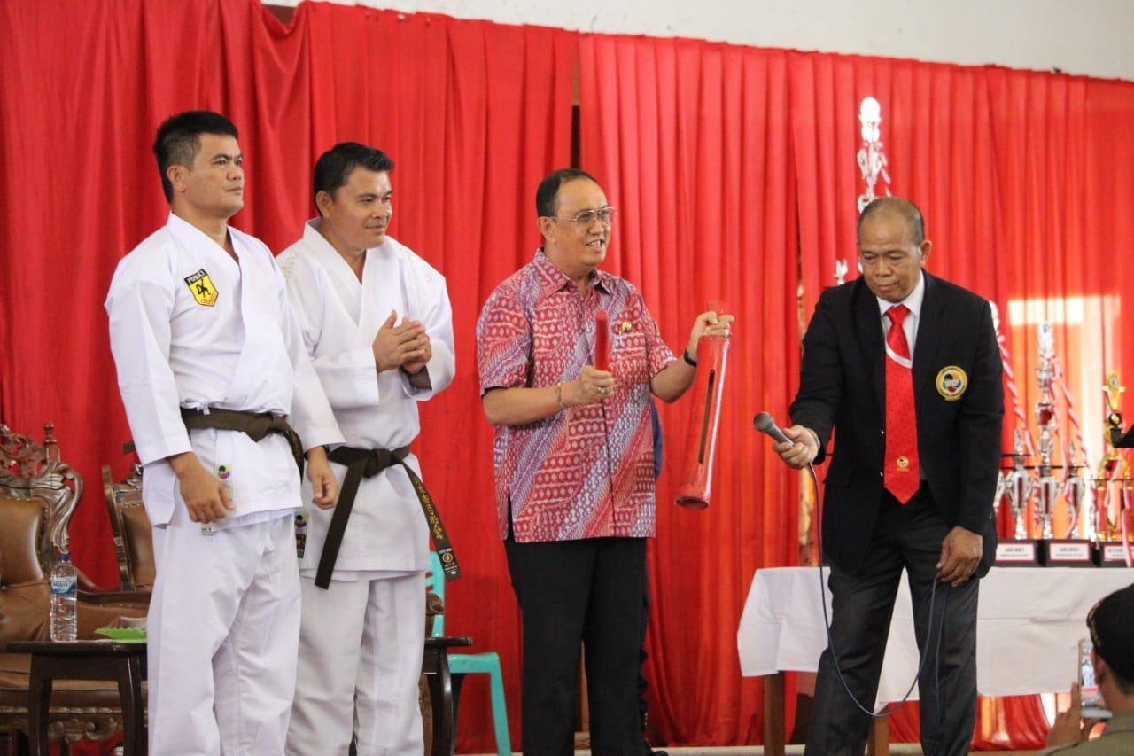Permalink ke Kejuaraan Karate Piala Kapolda Sulut Bergelora di Minahasa