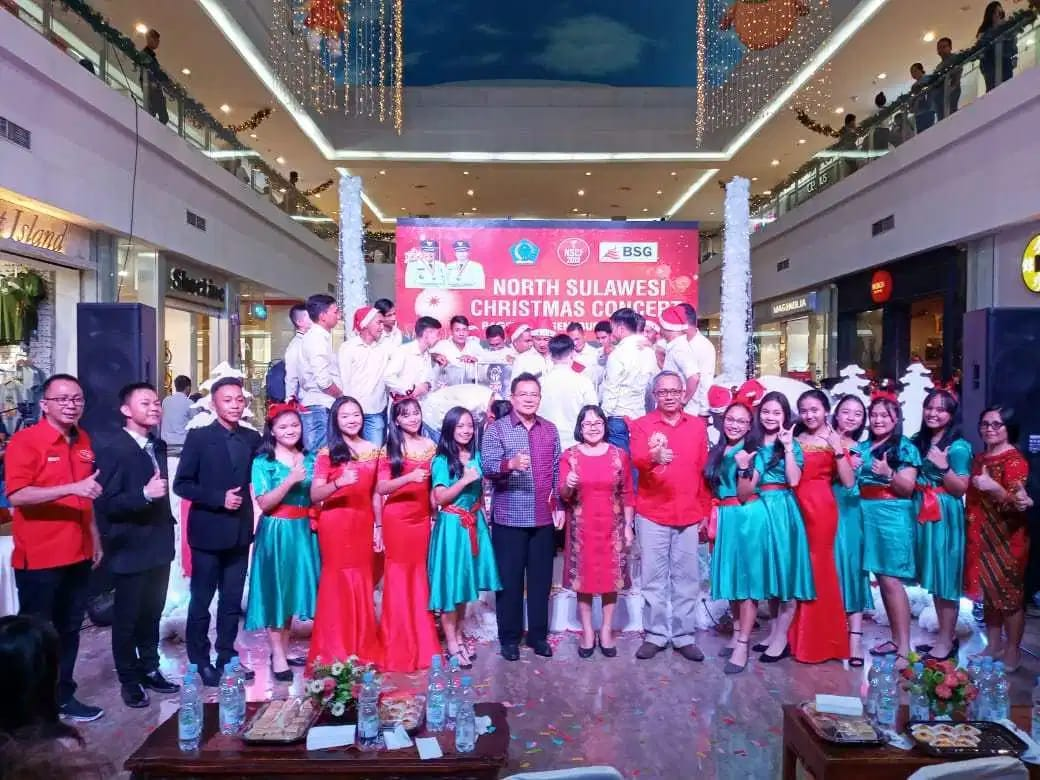 Permalink ke Sualang Wakili Gubernur Sulut Tutup North Sulawesi Christmas Festival