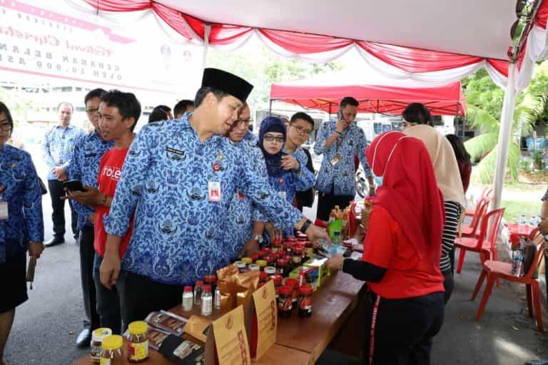 """Permalink ke Dorong UMKM Sulut, Pemprov Gelar """"Festival Christmas UMKM 2019"""""""