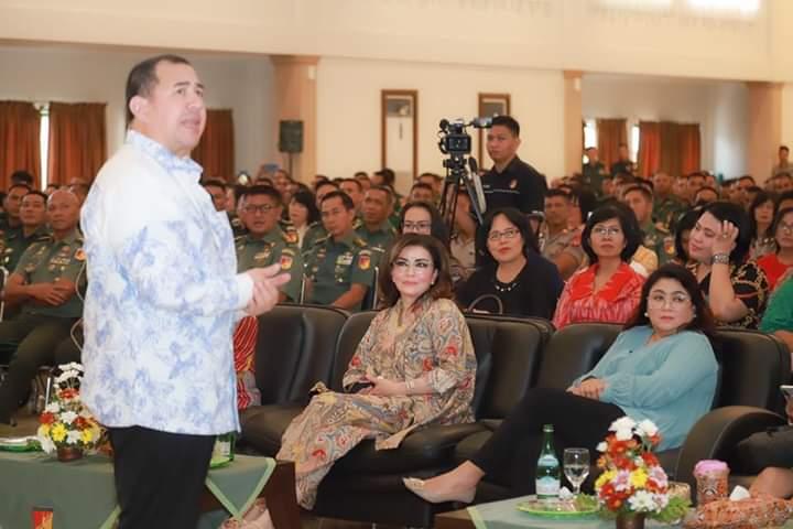 Permalink ke Bupati Minsel Hadiri Ibadah Oikumene TNI-Polri di Kodam XIII Merdeka