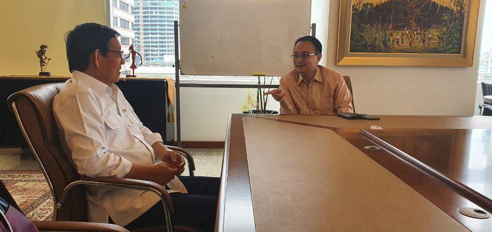 Diskusikan pengembangan pasar rakyat, Walikota GSVL temui Wamendag Jerry Sambuaga