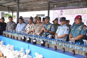 Miras sebanyak 2,8 ton dimusnakan Lantamal VIII Manado