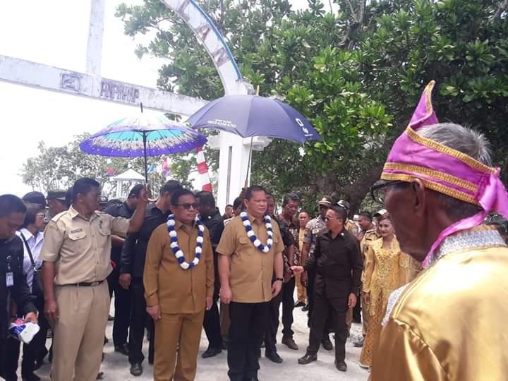 Permalink ke Bupati Talaud Kunjungi Kampung Kalongan
