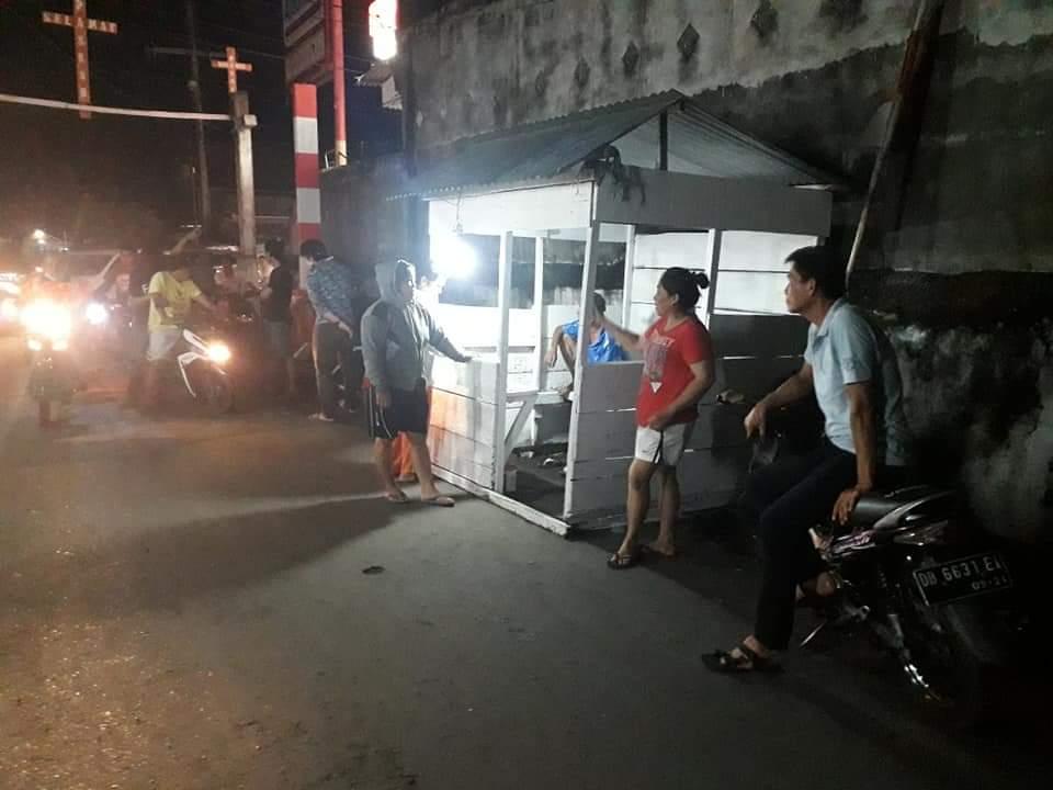 Permalink ke Antisipasi Covid-19, Warga di Kelurahan Buyungon Tutup Pintu Masuk