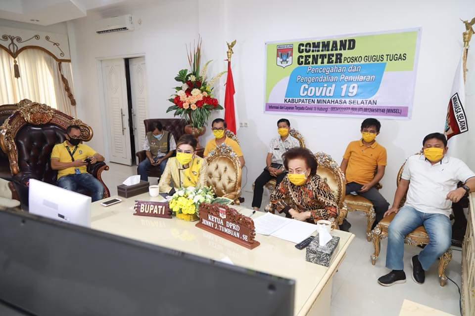 Permalink ke Penanganan Pademi Covid-19, Bupati dan Ketua DPRD Minsel Vicon Dengan Sejumlah Menteri