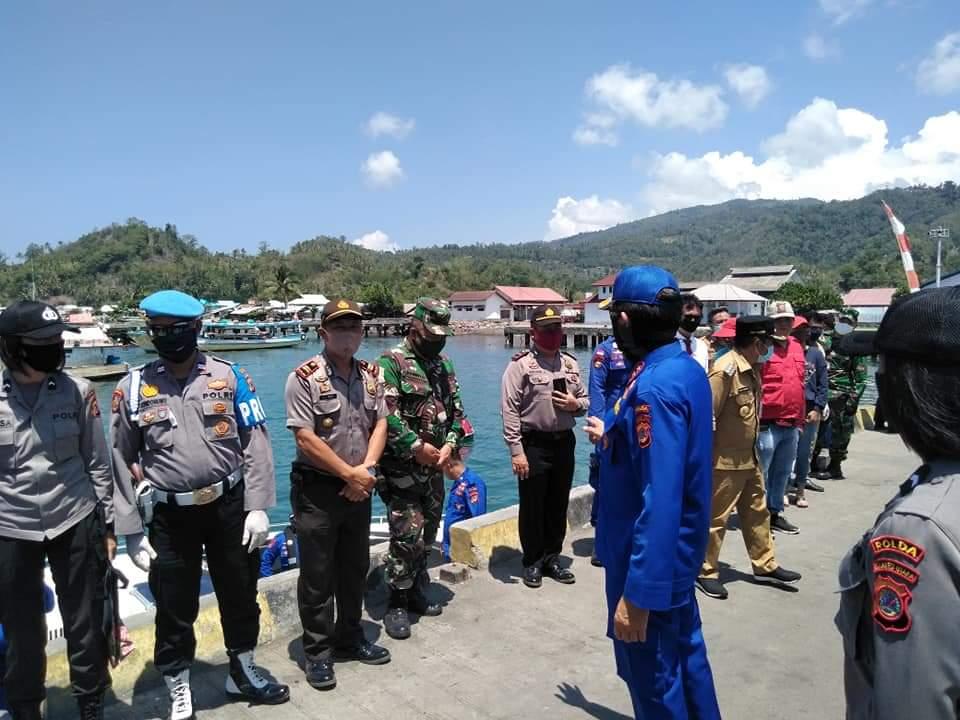 Permalink ke Dijemput Bupati, Forkopimda Sulut kirim Bantuan Lewat Jalur Laut