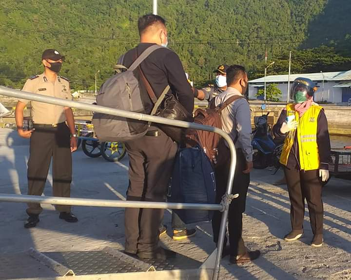Permalink ke Cegah Covid-19, Pengawasan Pelabuhan Nusantara Tahuna Diperketat