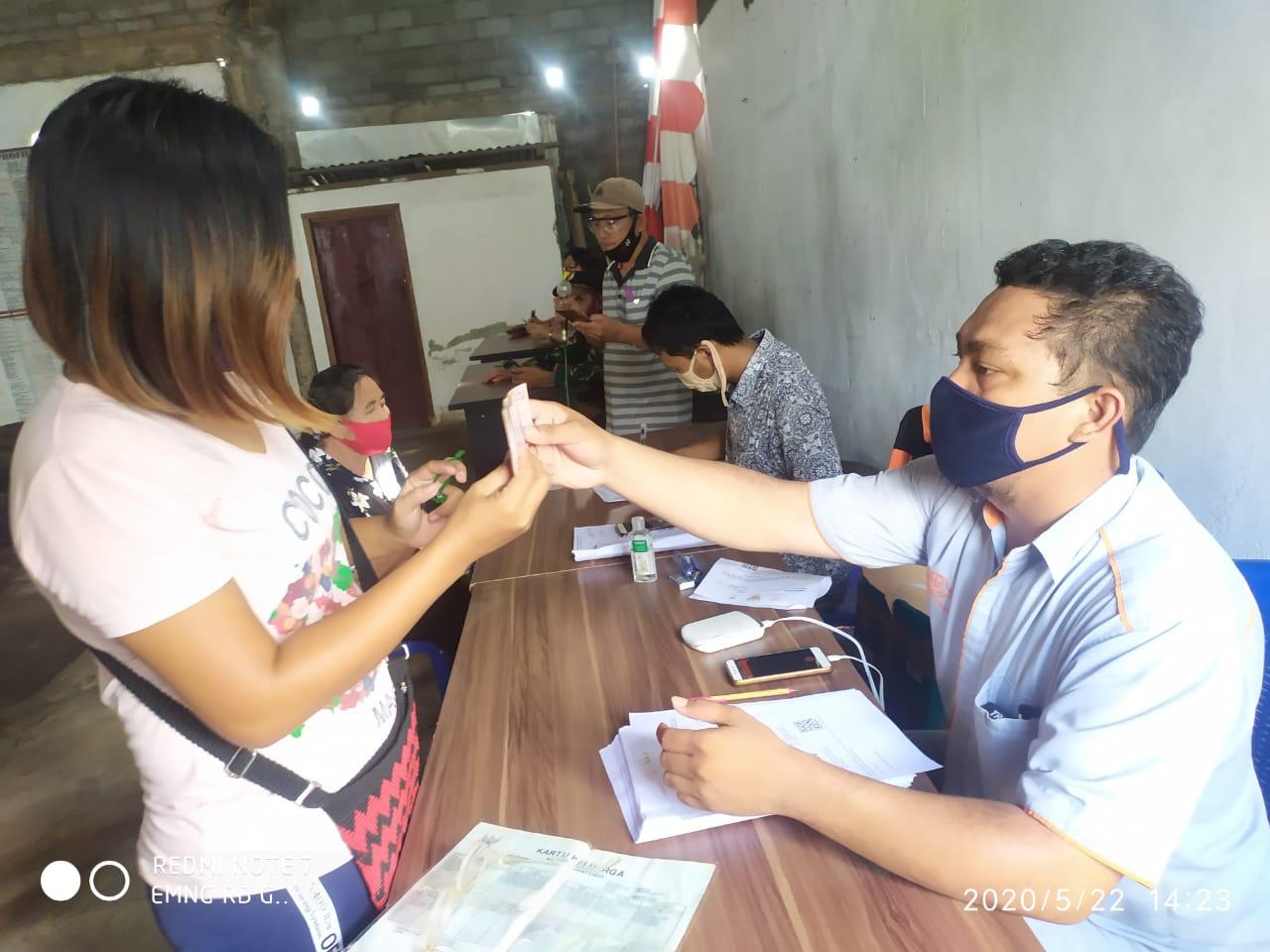 Permalink ke BST Kemensos Untuk 177 KK di Kelurahan Bitung Tahap I Disalurkan