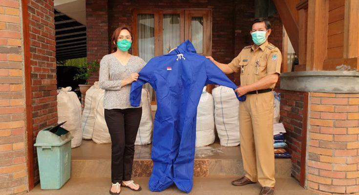 Permalink ke GSVL : Hasil donasi pejabat Pemkot Manado disalurkan ke Puskesmas di Manado