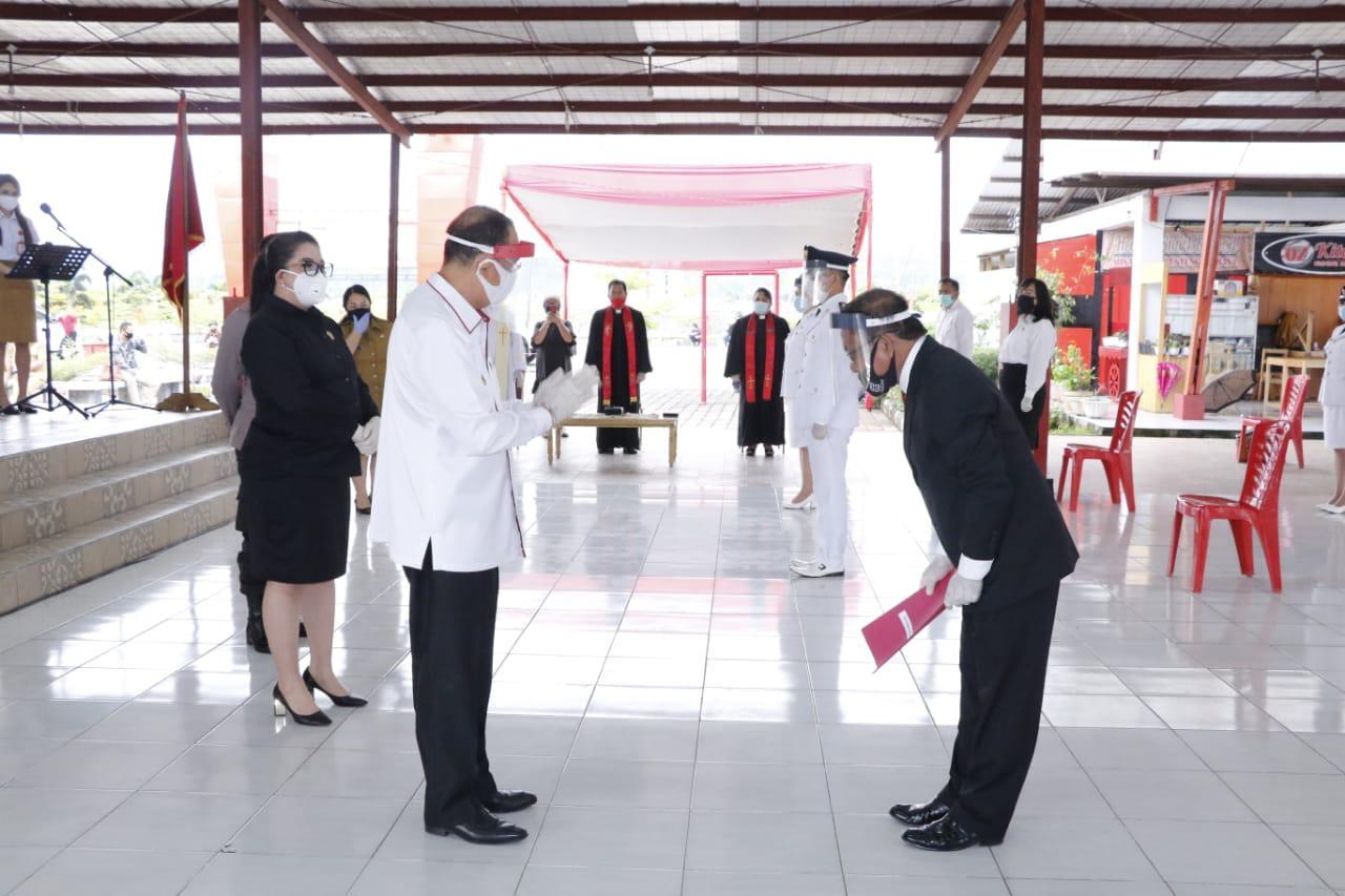 Permalink ke ROR Lantik 43 Pejabat Pemkab Minahasa
