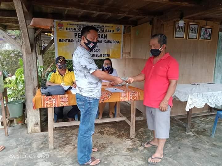 Permalink ke BLT-DD Tahap Dua untuk 131 KK di Desa Kumelembuai Satu mulai disalurkan