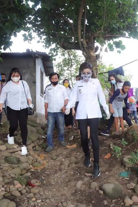 Permalink ke Bupati : Jumlah Penerima BLT-DD di Desa Ongkaw Tiga Ditambah