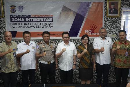 Permalink ke Dishub Manado menuju ZI, Pemkot teken MoU dengan Dirlantas Polda Sulut