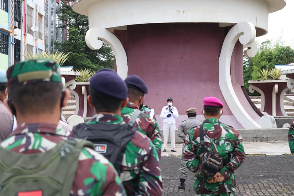 Permalink ke Bersama TNI/Polri tangani Covid-19, Walikota GSVL ajak masyarakat cerdas terapkan 3M
