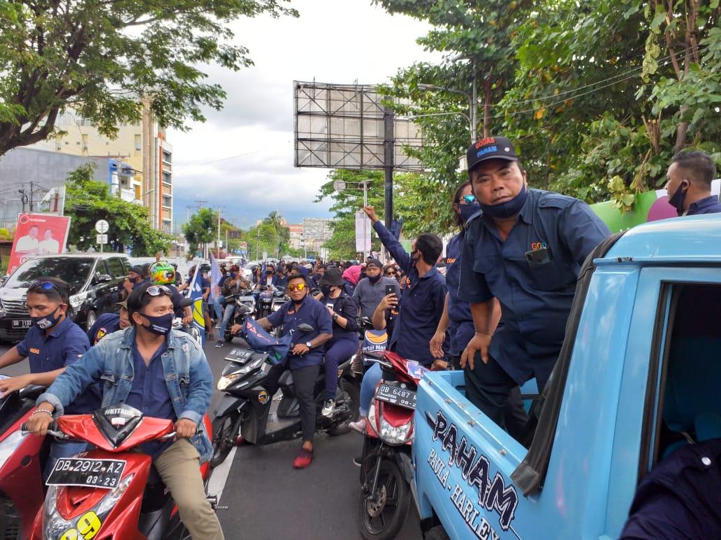 """Permalink ke Ribuan massa """"tanpa dibayar"""" antar JPAR-Ai daftar ke KPU Manado"""