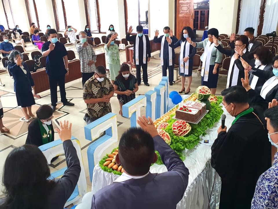 Permalink ke Pendeta dan Pelsus GMIM JSPS Pakowa, doakan dan utus Pnt JPAR dan Pnt Ai