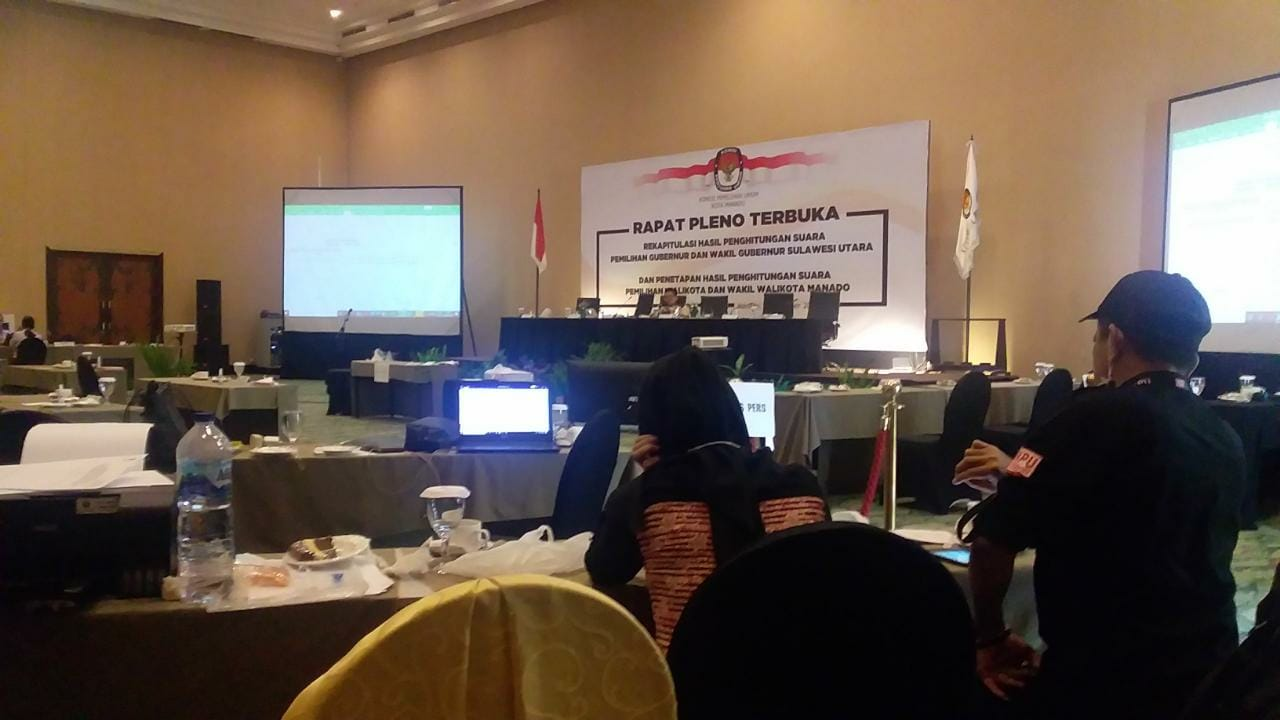 Permalink ke Ada selisih suara, Pleno KPU Manado Kecamatan Malalayang Alot