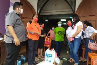 Permalink ke dr Devi Tanos Tinjau Lokasi Pasca Bencana di Manado dan Salurkan Bapok