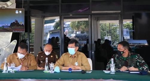 Permalink ke Dipimpin Wali Kota GSVL, Forkopimda Manado Bahas Langkah Antisipasi Siklon Surigae