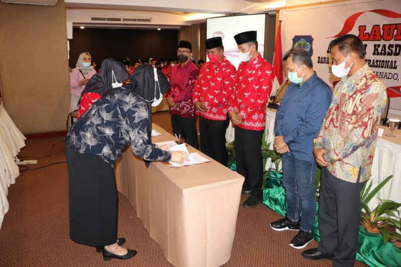 Permalink ke Dipercayakan Kelola Dana BOS, BSG dan Pemkab Bolsel tandatangani PKS
