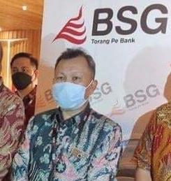 Permalink ke Revino Pepah Jabat Dirut Bank SulutGo setelah 32 Tahun Mengabdi